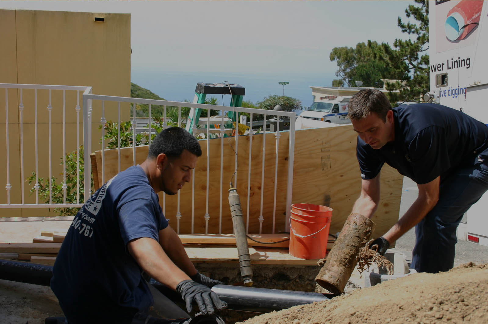 Installing a sewer line in Laguna Beach California